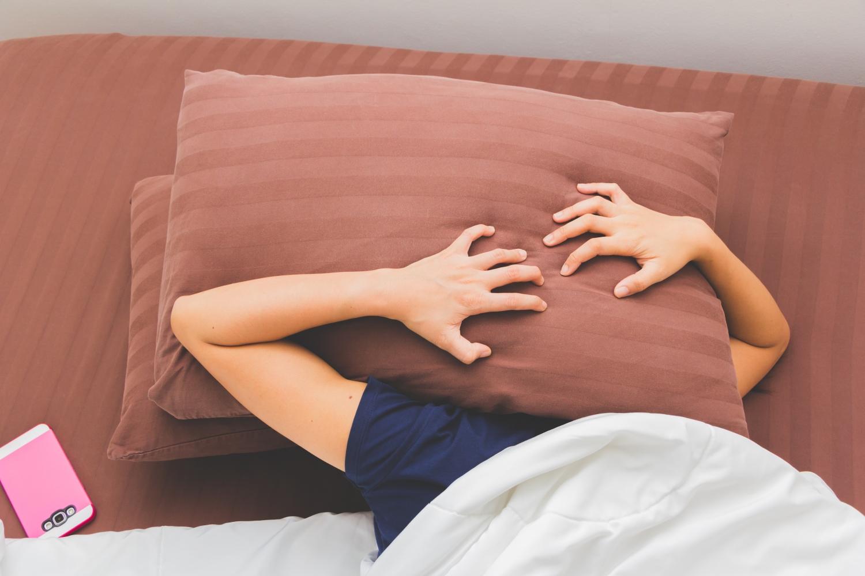 Hałasujesz? Ryzykujesz! Jak hałas wpływa na jakość snu?