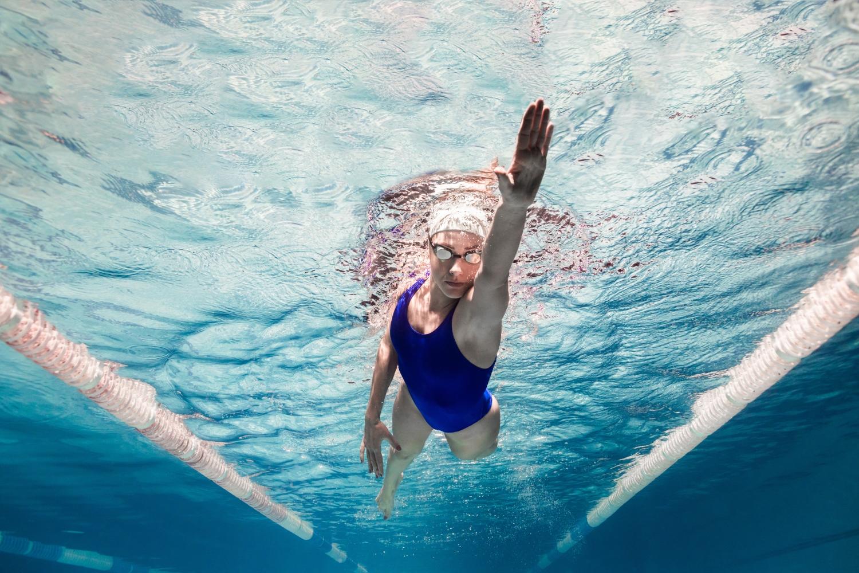 kręgosłup a pływanie