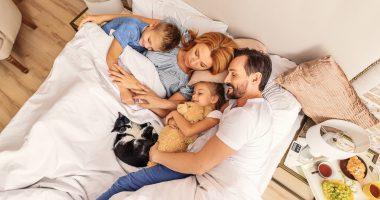sen, śpiąca rodzina