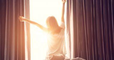 jak się budzić wyspanym